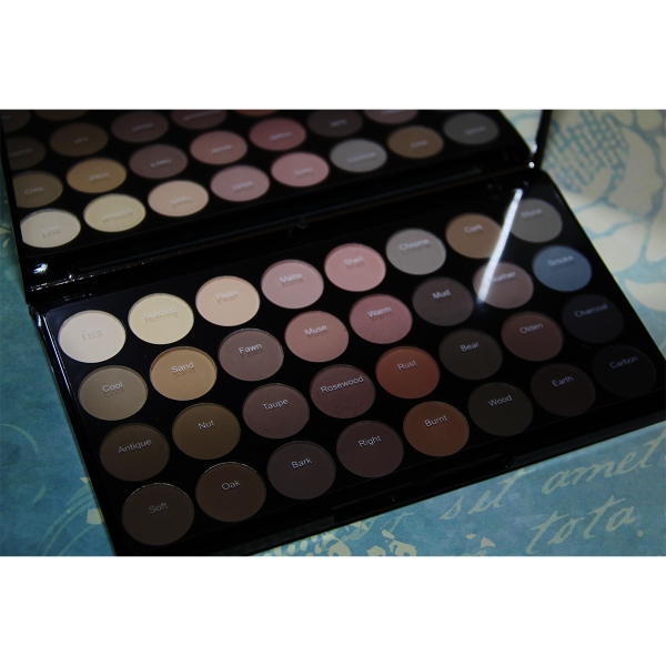 Revolution Palette - Superdrug November 2016 - Affordably Fashionable by Rachel Oates