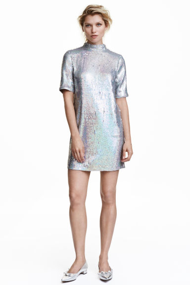 affordably-fashionable-silver-sparkle-dress
